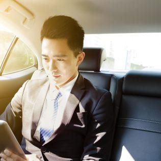 Singapore: Chauffeur Drive 5% off